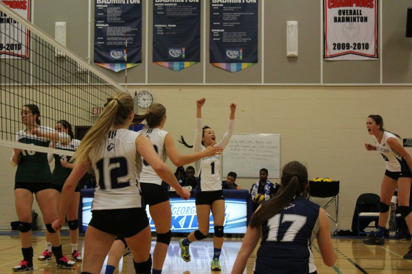 The women's volleyball team won against Fleming College on Nov. 19 and lost against Trent. Photo: Brittany Barber/The Dialog