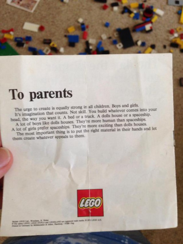 An image circulated on the internet seems to show a letter to parents from Lego in the 1970s promoting gender equality.