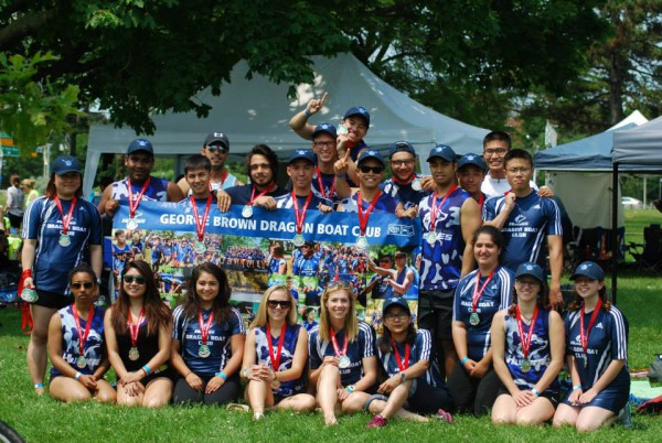 Team photo of the GBC Dragonboat Club