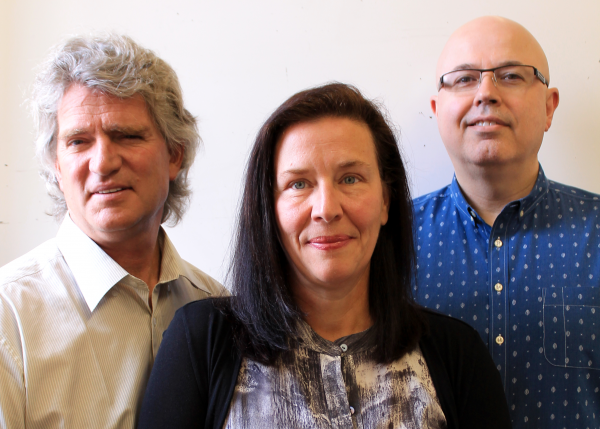 Image of CEO for Clear Blue Technologies Miriam Tuerk (centre) with two other company founders John Tuerk (left) and Mark Windrim (right)