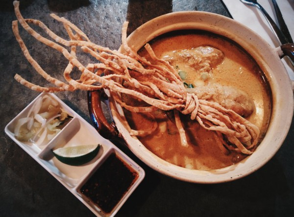 Image of Khao soi Drumsticks dish