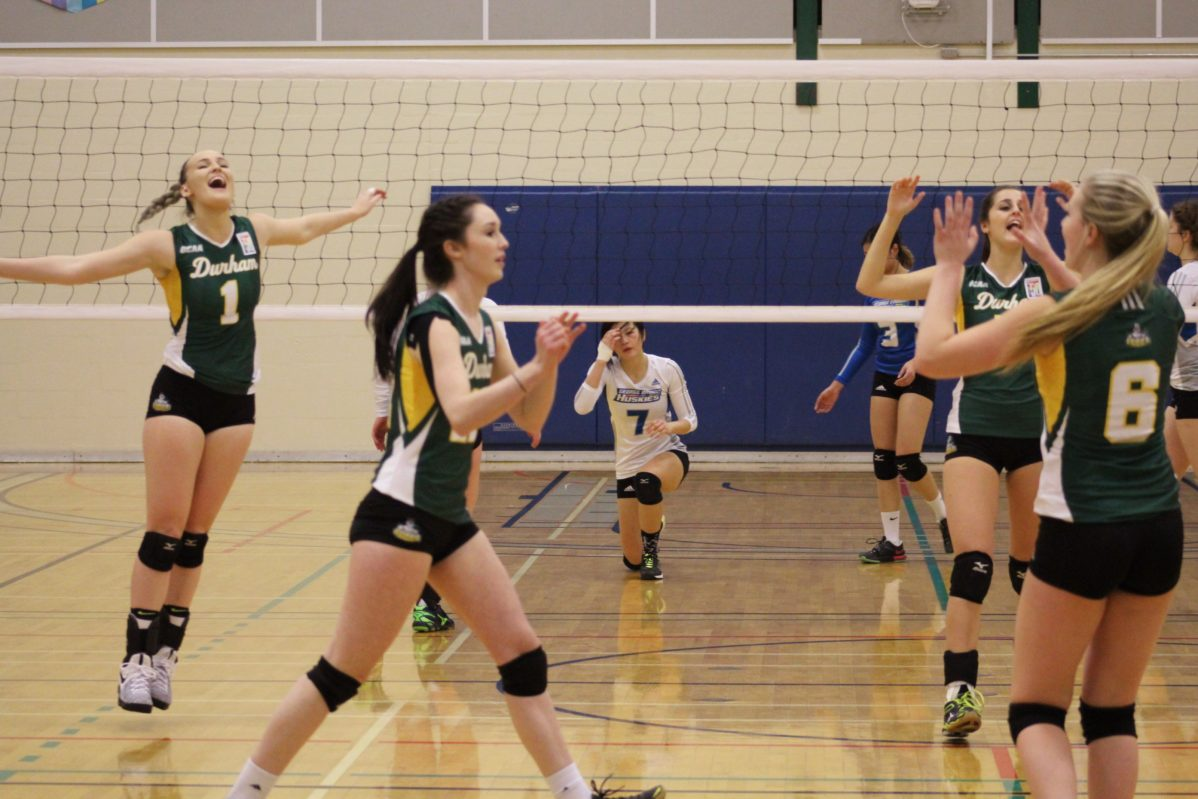 Durham Lords women's volleyball team defeats George Brown Huskies