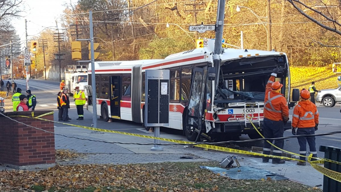 24 people have been taken to the hospital with non-life threatening injures after a southbound TTC bus crashed into a pole at Bathurst and Davenport. Photo: Ashraf Dabie / The Dialog