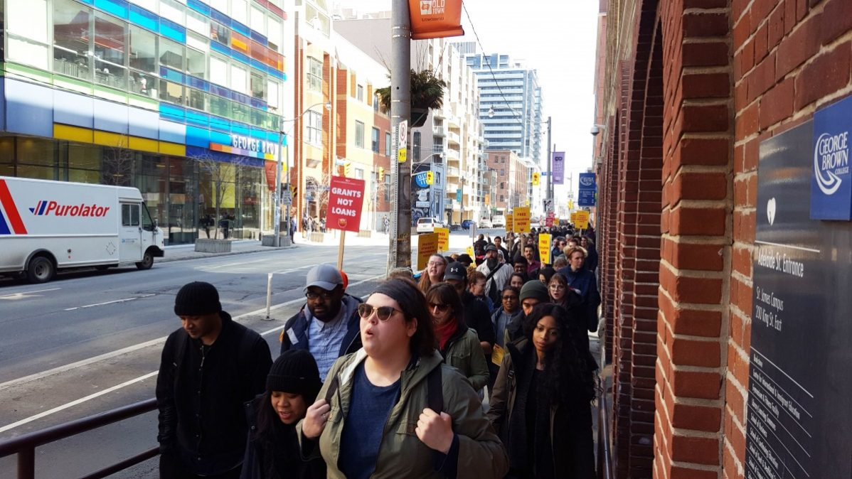 Dozens of student at George Brown College walked out of class as part of a protest by students across Ontario against the Student Choice Initiative and cuts to OSAP by the provincial government. Photo: Luiz Felipe Lamussi / The Dialog
